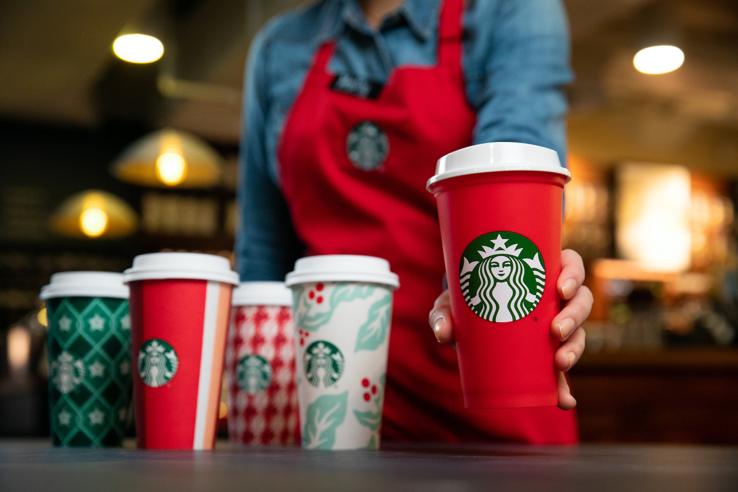 Christmas Eve hours: Is Starbucks open